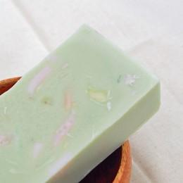 愛心手工皂 │ 香茅乳油木皂